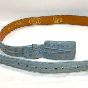 Dos de Oro Croc embossed elegant leather belt